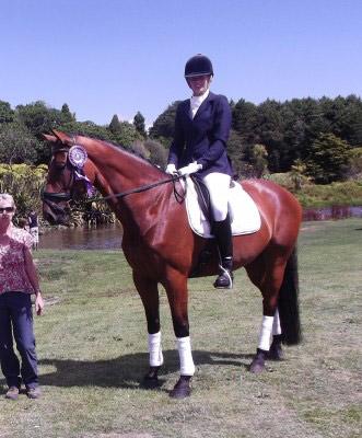 Belladonna MH, with rider Julie Flintoff.